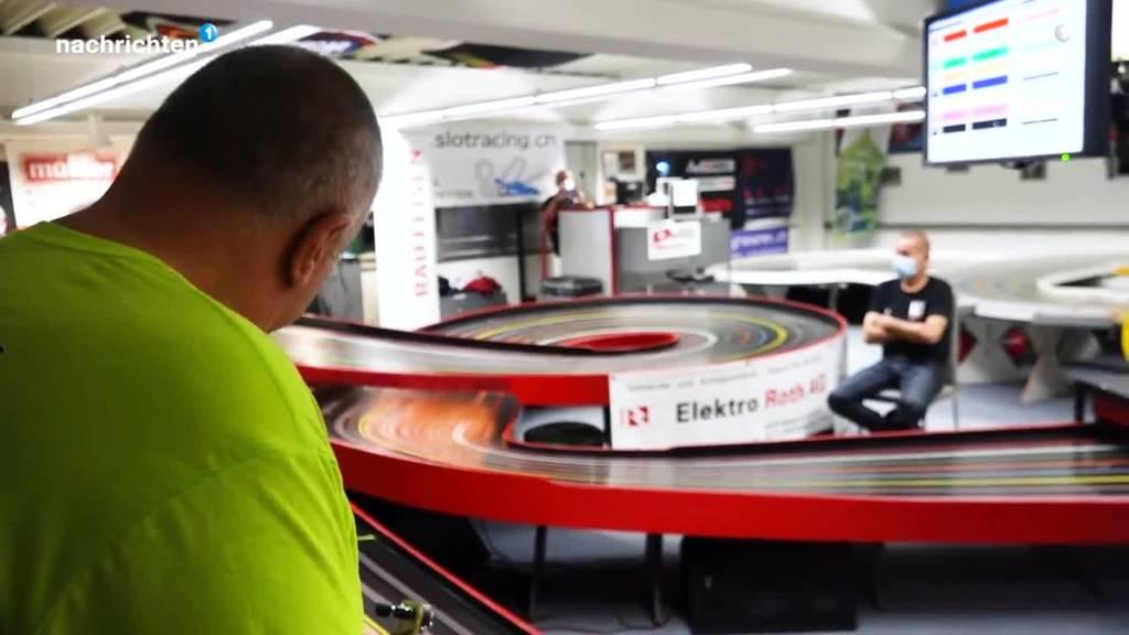 Slotracer stellen Weltrekord auf - und wollen nun zum Mond