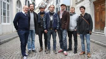 Die Organisatoren: Marco Lupi (l.) und Martin Stebler (r.). Neben Lupi (v. l.) Remo Zumstein, dann das Berner Trio mit Mark Oberholzer, Maze Künzler und Nick Werren sowie Gabriel Vetter.
