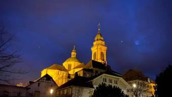 Die St. Ursen Kathedrale Kathedrale «besitzt eines der bedeutendsten Barockgeläute Europas.»