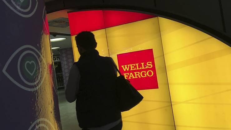 Bussgelder und aussergerichtliche Vergleiche: Die US-Bank Wells Fargo muss wegen fingierten Kundenkonten tief in die Tasche greifen. (Symbolbild)