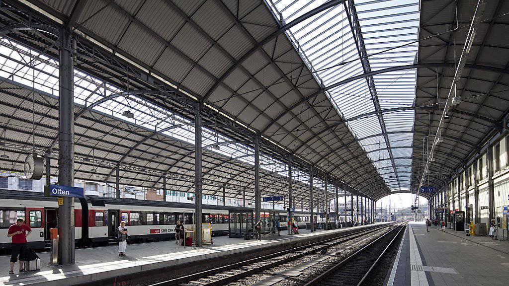 Störung im Pendlerverkehr: Ein Zug blockiert die Strecke zwischen Olten und Bern. (Symbolbild)