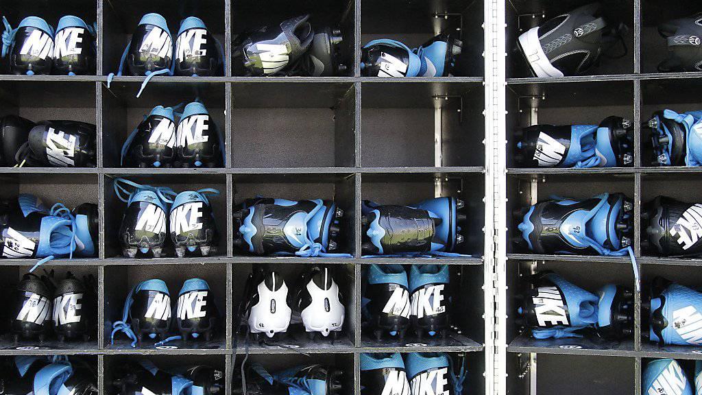 «Katastrophal»: Amerikanische Schuhersteller wie Nike warnen US-Präsident Donald Trump vor den neuen US-Importzöllen gegen China. (Symbolbild)