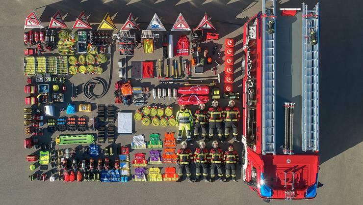 Die Feuerwehr Zufikon nutzte die Tetris-Challenge der Kantonspolizei Zürich, um ihr neues Tanklöschfahrzeug besser kennenzulernen.