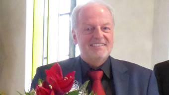 Ruedi Schumacher leitet den katholischen Kirchenchor seit 40 Jahren. zvg