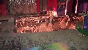 Plötzlich gab der Fussboden nach - Dutzende Nachtclubbesucher verletzten sich.