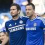 Frank Lampard (links) trifft als Trainer von Derby County auf seinen alten Chelsea-Weggefährten John Terry, der als Assistent bei Aston Villa tätig ist