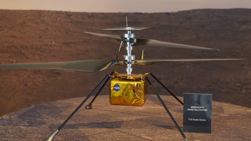 Die US-Raumfahrtbehörde Nasa hat eine erste Ton-Aufnahme von einem Flug des Mars-Helikopters «Ingenuity» veröffentlicht. Im Bild ein Modell von «Ingenuity».