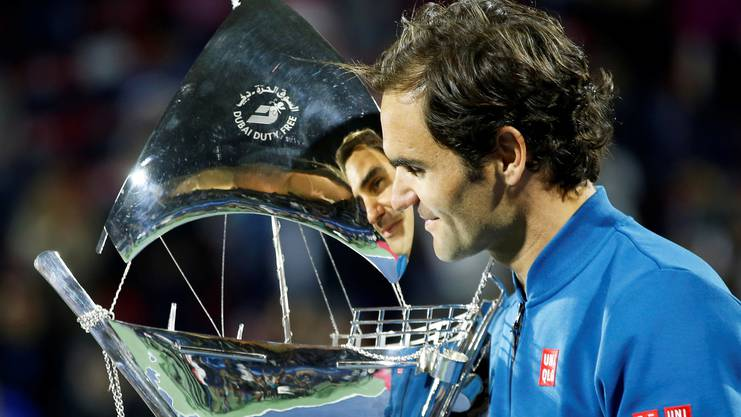 Federer gewinnt sein 100. Turnier in Dubai, seiner Wahlheimat.