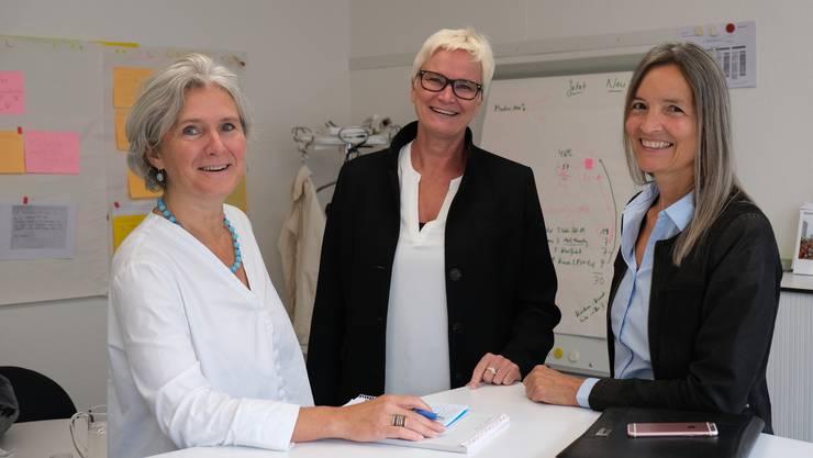 Die neue Geschäftsleitung (von links): Franziska Kurer (Leiterin Pädagogische Dienste), Yvonne Fehr (Leiterin Schulverwaltung) und Carmen Wolff (Leiterin Bildung).