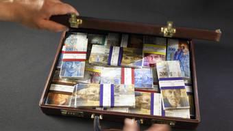 Im letzten Jahr nahmen die Geldwäscherei-Verdachtsfälle stark zu (Symbolbild)