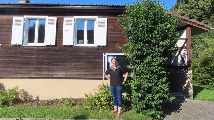 Rebekka Matter-Linder vor ihrem neuen Büro an der Durrachstrasse in Derendingen.