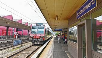 Soll in zwei Etappen erfolgen: Angestrebt wird ein Start des Umbaus des mittleren Perrons und die Umgebung des Bahnhofs per Anfang 2022.