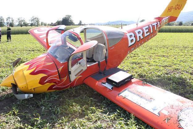 Die ältere Maschine vom Typ Piper Tomahawk ist total beschädigt