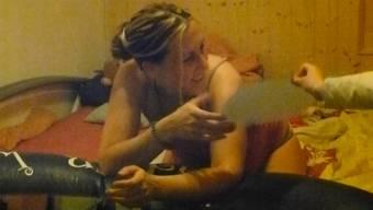 Nadine Wenger hat ihre Hausgeburten sogar auf Video festgehalten und ein Buch über ihre Erfahrungen geschrieben: «Es war wunderschön», sagt sie in der Sendung «CheckUp».