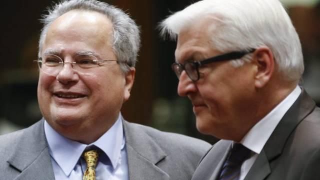 Die Aussenminister Griechenlands (l) und Deutschlands in Brüssel
