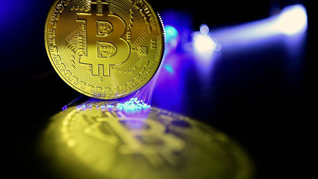 Die Wertschwankungen bei der Cyber-Währung Bitcoin haben in der vergangenen Tagen wieder stark zugenommen. (Archivbild)