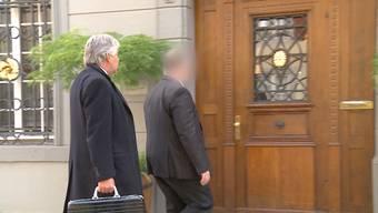 Es ist zum grössten Teil purer Zufall, dass er heute vor Gericht stand: Der ehemalige Finanzverwalter von Widen steckte unbemerkt mindestens eine Viertelmillion in die eigene Tasche. Ein eher stümperhafter Fehler wurde ihm schliesslich zum Verhängnis.