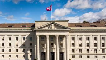 Die «Justiz-Initiative» verlangt, dass Richterinnen und Richter des Bundesgerichts künftig durch das Los bestimmt werden sollen.