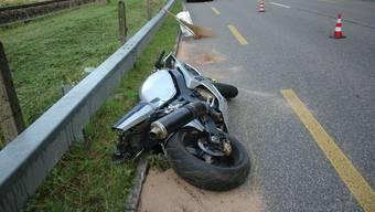 Der schwere Unfall ereignete sich auf der Delsbergstrasse in Liesberg BL