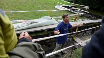Othmar Wey und sein Team graben am Ufer des Burgäschisees - und bringen die Vergangenheit eines Siedlungsgebiet zu Tage.