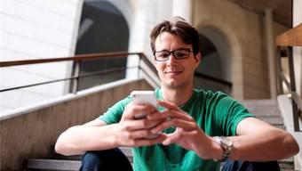 Severin Hacker zu Besuch an der ETH Zürich, wo er einst seinen Bachelor gemacht hat.