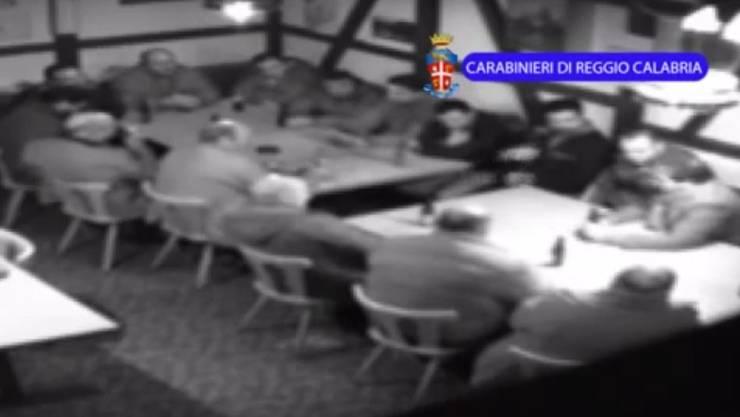 Eine Überwachungskamera filmte die Mafiosi der Frauenfelder 'Ndrangheta-Zelle im Boccia-Club des Gasthofs Schäfli in Wängi.