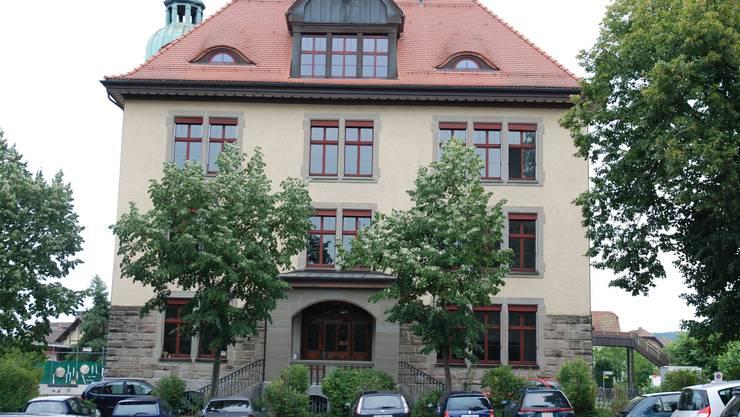 Das Schulhaus in Laufenburg.