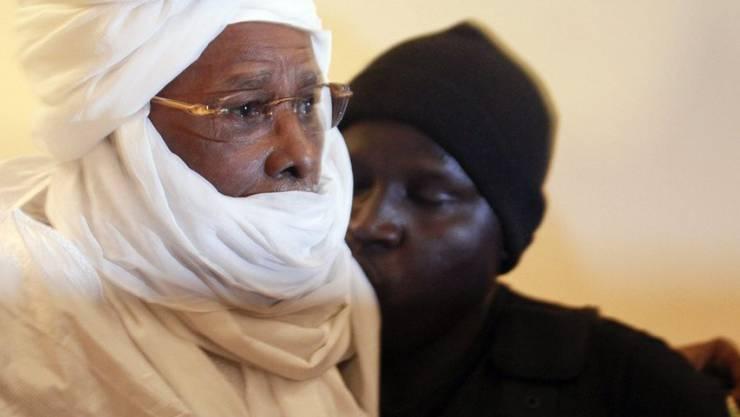 Ist wegen Verbrechen gegen die Menschlichkeit schuldig gesprochen worden: der frühere Diktator des Tschad, Hissène Habré. Nun legen seine Anwälte gegen das Urteil Berufung ein. (Archiv)