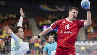 Dimitrij Küttel erwischte gegen Slowenien einen schwierigen Start.