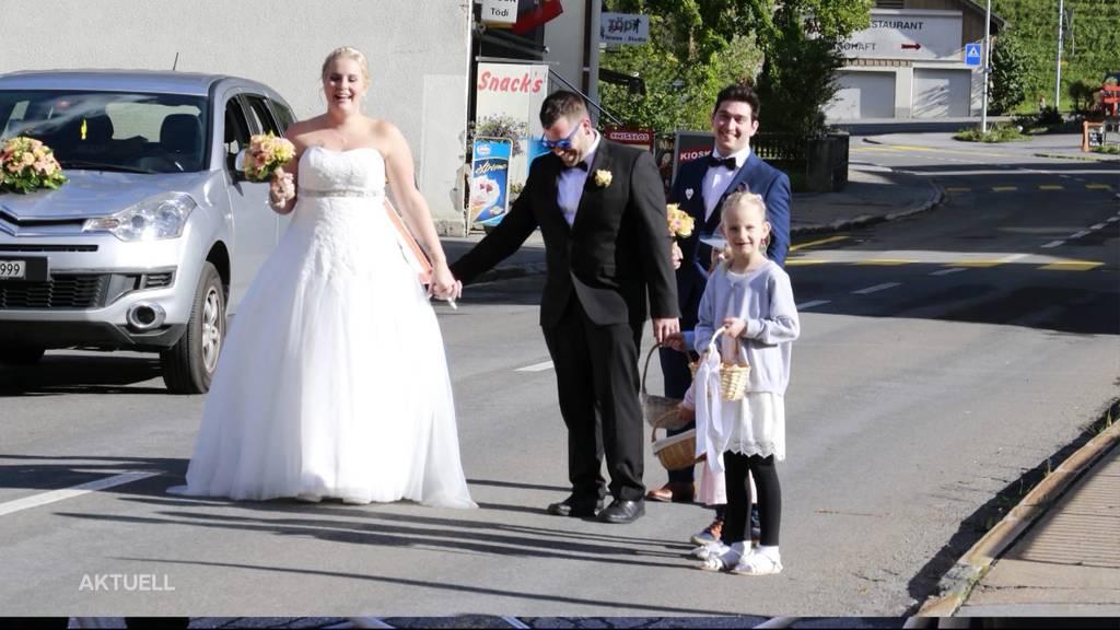 Feuerwehreinsatz vor der Trauung: Hochzeit fiel fast ins Wasser