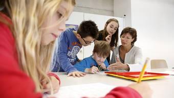 Die betreute Hausaufgabenhilfe wird auch von Pro Juventute angeboten. (Themenbild)