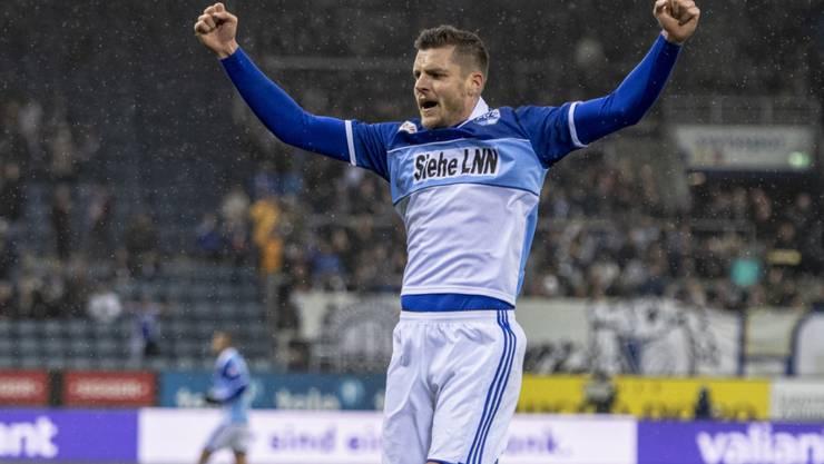 Pascal Schürpf bejubelt sein mit einem Schlenzer erzieltes 2:0