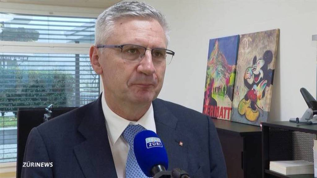 Andreas Glarner gegen Doppelbürger im Bundeshaus