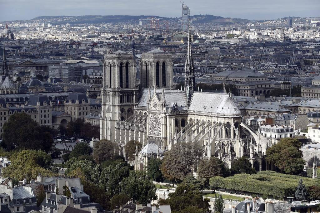 Die Notre-Dame vor dem Brand.