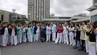 EU will Aufklärung zu Ebola-Ansteckung auf