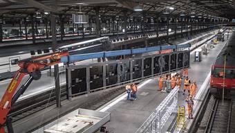 SBB baut am Bahnhof Luzern einen 100 Meter langen Bildschirm ein