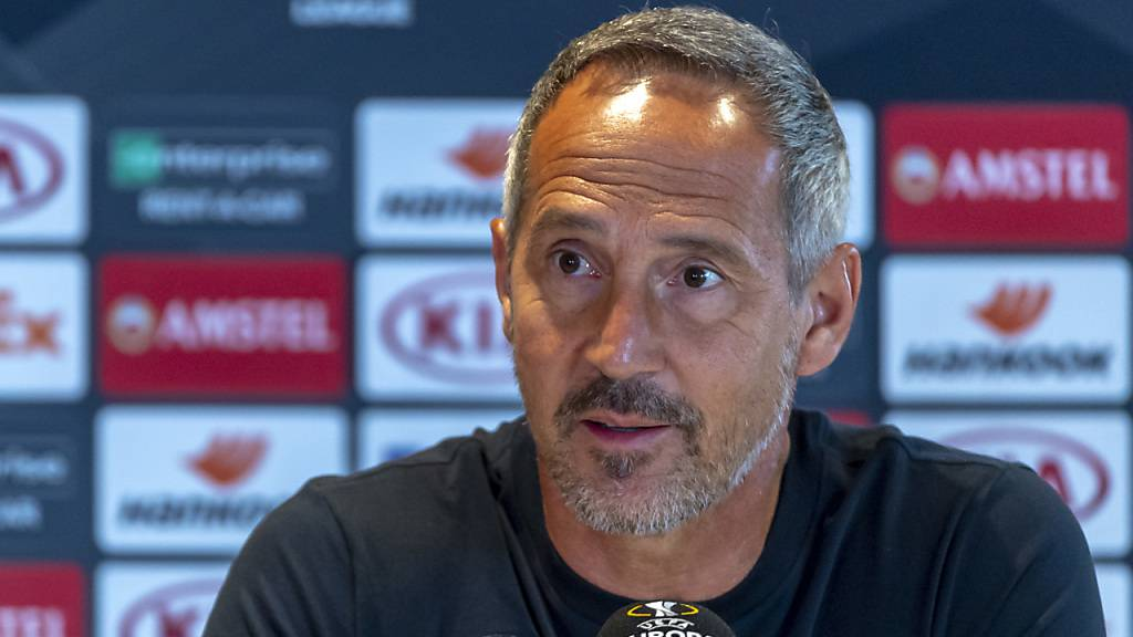 Adi Hütter bleibt zumindest bis 2023 Trainer von Eintracht Frankfurt
