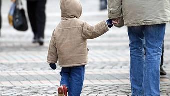 Die Fachstelle Kinderschutz Kanton Solothurn gibt es nächstes Jahr nicht mehr. (Symbolbild)
