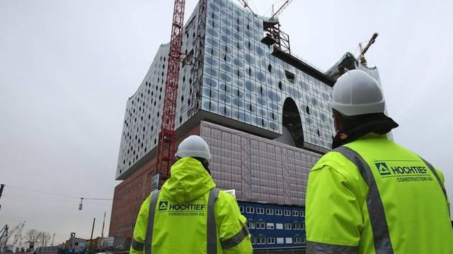 Die Elbphilharmonie soll zu Ende gebaut werden (Archiv)
