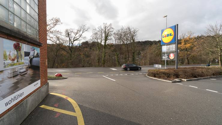 Beim ehemaligen Schlachthof in Wettingen soll eine Autobrücke nach Baden entstehen. Derweil fühlt sich Obersiggenthal bei Verkehrsthemen im Stich gelassen.