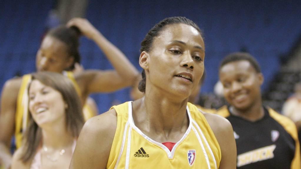 Marion Jones versuchte sich nach ihrer Leichtathletik-Karriere auch noch im Basketball - mit mässigemn Erfolg