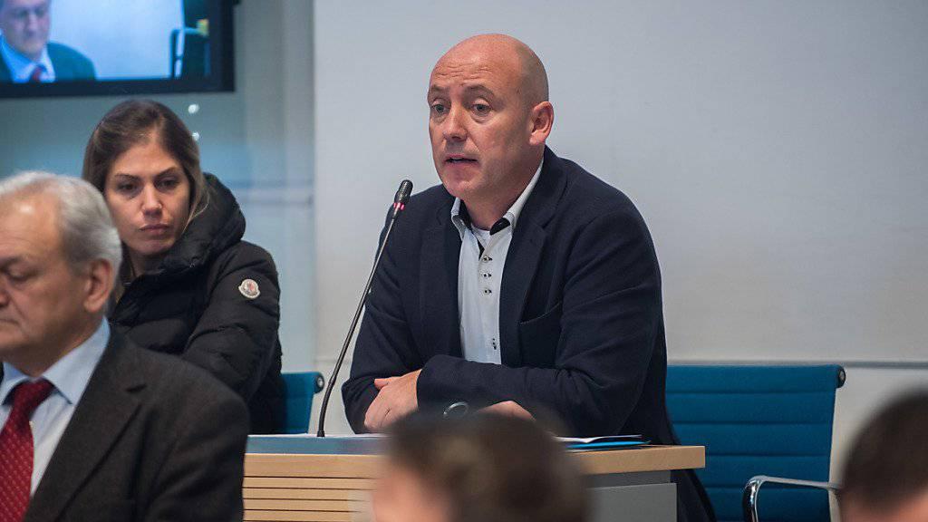 Dem Präsidenten der Tessiner CVP, Fiorenzo Dadò, geht die Umsetzung der Masseneinwanderungsinitiative gegen den Strich. Seine Partei will deshalb das Referendum gegen das Umsetzungsgesetz unterstützen. (Archivbild)