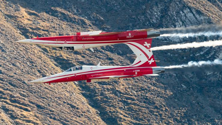 Die Patrouille Suisse im Formationsflug.