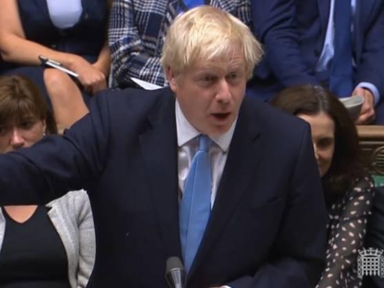 Der britische Premierminister Boris Johnson ist in der Nacht auf Dienstag erneut im Unterhaus in London mit seinem Antrag auf Neuwahlen gescheitert.
