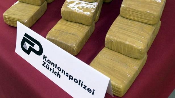 In Urdorf fand die Kantonspolizei Heroin und Diebesgut. (Symbolbild)