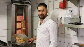 Liefert bereits aus: «Probstei»-Wirt Taher Hakimbai.
