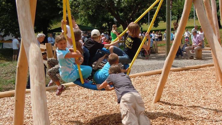 Der 2013 eingeweihte Spielplatz neben der Schule Habsburg ist für die Kinder ein Magnet. EF.