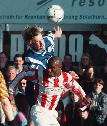 Sogar in Solothurn spielte der Luzerner: Hier gegen den FC Solothurn im Jahr 1997 - damals spielte Wolf noch für den FC Luzern.