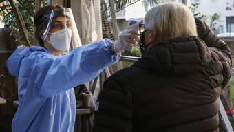 Corona-Testcenter in Rom: Die neue Mutation breitet sich in ganz Europa aus.