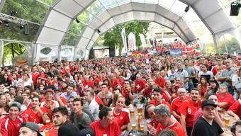 Public Viewing im Fussballdrom bei der Oltner Schützi wird auch im kommenden Sommer geben; das Kino beliebt aussen vor.
